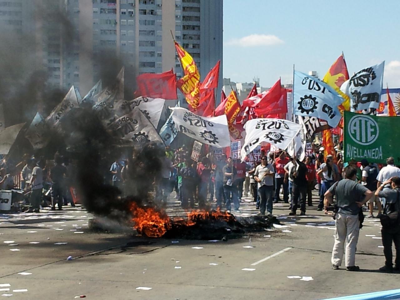 Polémica por la idea de penalizar a los piquetes en Rosario