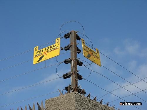 Polémica por un proyecto para regular cercos electrificados en Rosario