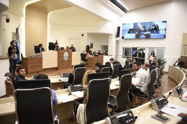 Ponen en duda la validez de la paridad de género aprobada en el Concejo
