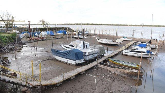 Por la bajante Paraná, se paralizó la actividad náutica en Rosario