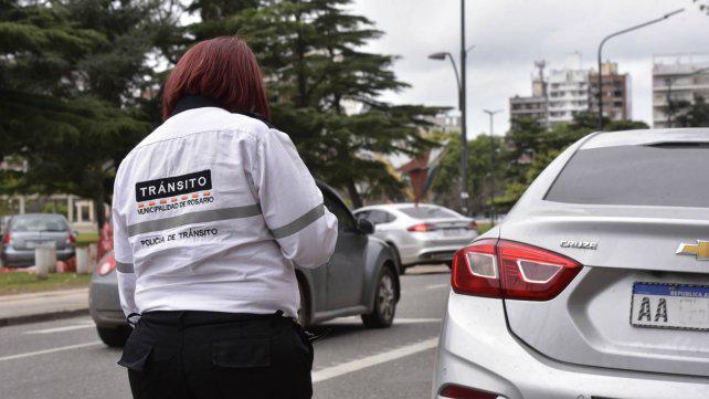Por la suba de la nafta, las multas de tránsito llegan hasta 15 mil pesos
