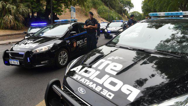 Por mes, se denuncian a 200 policías por mal desempeño en Santa Fe