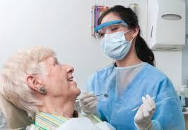 Por una deuda, afiliados al Pami Rosario se quedan sin prótesis dentales