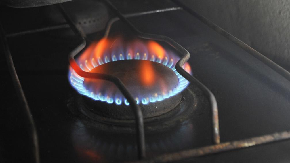 Presentan cautelar en la Justicia Federal contra el tarifazo del gas en Santa Fe