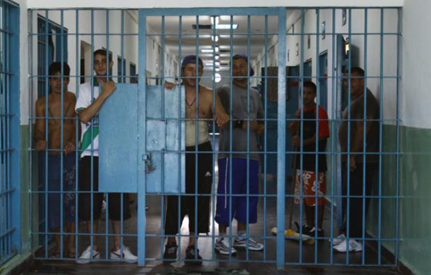 Promueven emplear en la obra pública a presos que hayan cumplido su condena