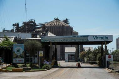 Proponen estatizar Vicentin para cobrar parte de la deuda contraída con la banca pública