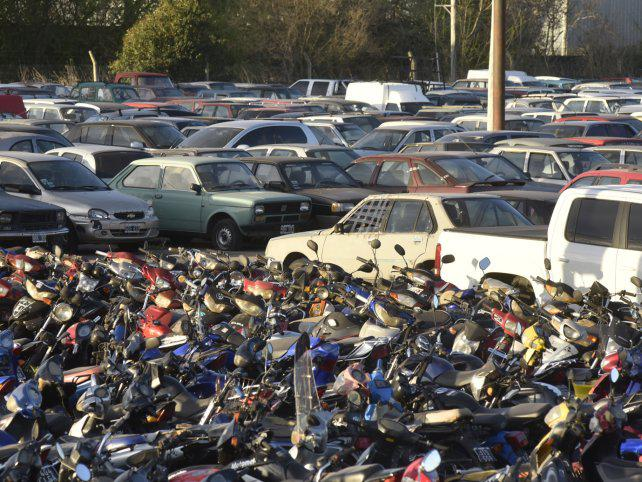 Proponen que las multas de tránsito sean proporcionales al valor de los autos