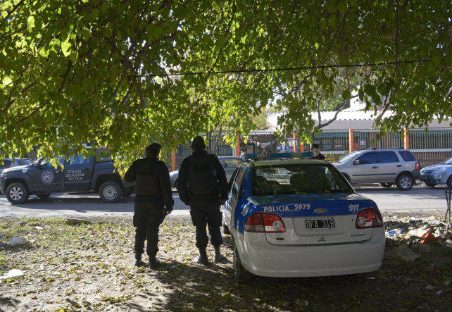 """""""Pusimos policías en escuelas de zona sur para que los docentes estén tranquilos"""""""