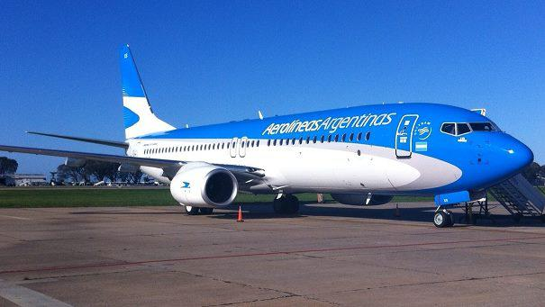 Sancionan a un estafador que viajó 4 años gratis por Aerolíneas Argentinas