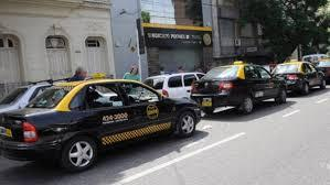 Se viene la suba de taxis y admiten que caerán los pasajeros