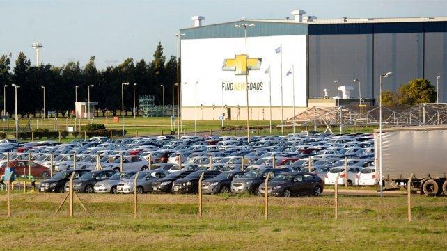 Se vienen suspensiones en General Motors y el gremio se ilusiona con Alberto Fernández