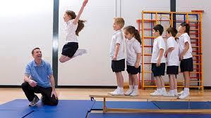 Todas las escuelas de Santa Fe deberán dictar educación física mixta