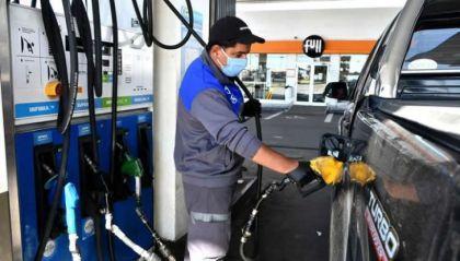 Todas las estaciones de Rosario subieron la nafta y habrá más ajustes en 2020