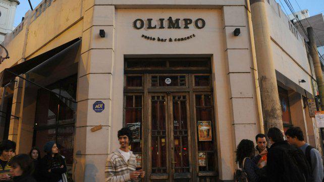 Tras 60 años, cerró el mítico bar Olimpo de Corrientes y Mendoza