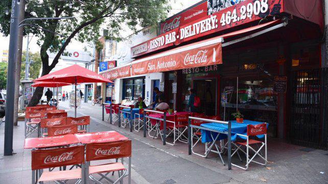 Un histórico bar de la zona sur de Rosario jaqueado por los tarifazos de los servicios