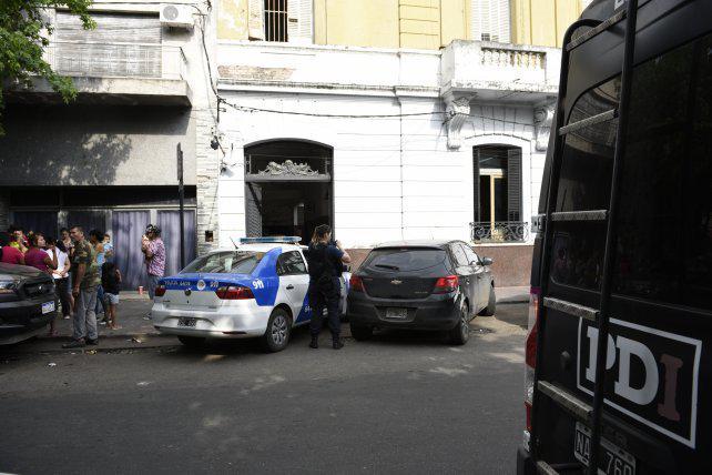 Vecinos de barrio Agote denuncian inseguridad y excesos policiales